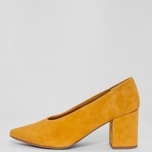 8fa079bf60fd Anthropologie Shoes - Seychelles  Rehearse  heels